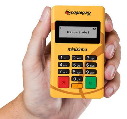 Máquina de cartão amarelinha